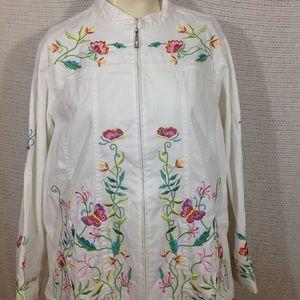 Stretch denim plus size jacket embroidered